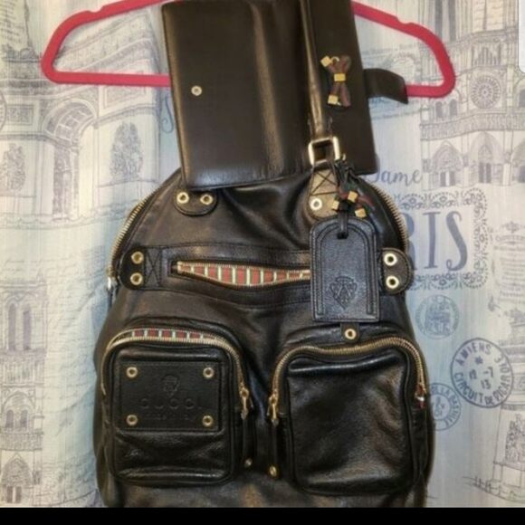 Gucci Handbags - Timeless Vintage Well Maintained Gucci Set